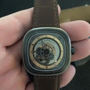 Unboxing & first impressions of the SevenFriday P2-1