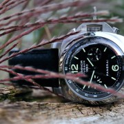 Superb pics of the Panerai Luminor 1950 Flyback PAM212