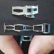 Some photos of the new-style Lange deployant buckle (double-folding)
