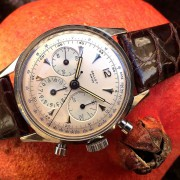 A recent vintage arrival: Gallet Multichron 12H with an Excelsior Park cal. JB40