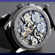 One of the reasons I love hand wound chronographs is their spectacular movements by JERRY