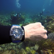Test Diving the Linde Werdelin Reef by FELIPE JORDÃO