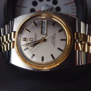 Love this two-tone vintage Omega Constellation and wish I could capture the beauty of the dial