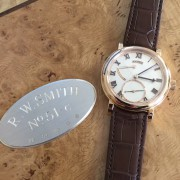 Unboxing a Roger Smith Series 2 Custom Dial
