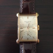 I am very happy to share with all of you my first vintage watch –  Patek Philippe 2403