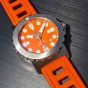 Some photos of my H2O Kalmar 2 with orange dial