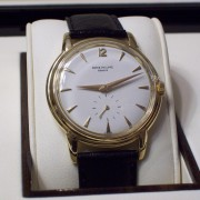 Picked up this vintage 1955 Patek Philippe Calatrava ref. 2525/1 in yellow gold