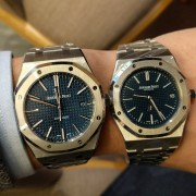 Comparing the Audemars Piguet Royal Oak 15202 + 15400 at the NY boutique