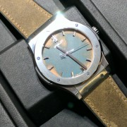 Proof that the Hublot Vendome Classic Fusion copper dial is, in fact, copper