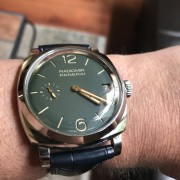 Green is in the house – Unboxing a Panerai Radiomir 1940 Green PAM 736