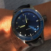 I could not resist after having seen the grey ceramic Blancpain Bathyscaphe