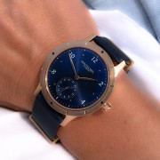 Adding a new dimension: the Hentschel H2 Sport bronze with blue dial