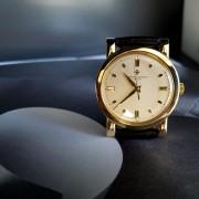 A fresh photo of a 62-year-old Vacheron Constantin Chronometre Royal