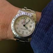 Incoming – Rolex Polar Explorer II with Y serial (lug holes)