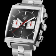 Good news – TAG Heuer Monaco is now available with a steel bracelet & 39mm case